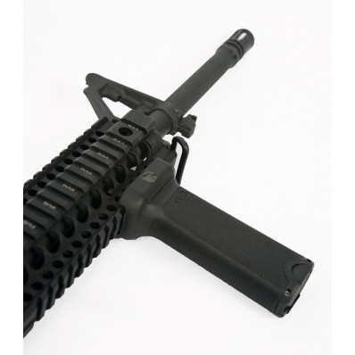 Bravo Company Vertical Forend Grip  Fits AR Rifles  Black BCM-GFVG-BLACK