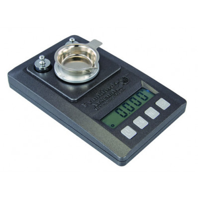Battenfeld Technologies Precision Powder Scale with Case - 1500 gr