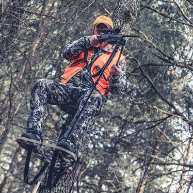 Swagger Bipod Ground Blind/Treestand Model